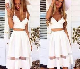 FASHION CUTE WHITE D..